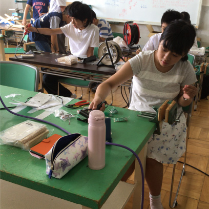 授業ではもちろん、ものづくりプロジェクトやそれ活の時間も使って思う存分ものづくりできます。